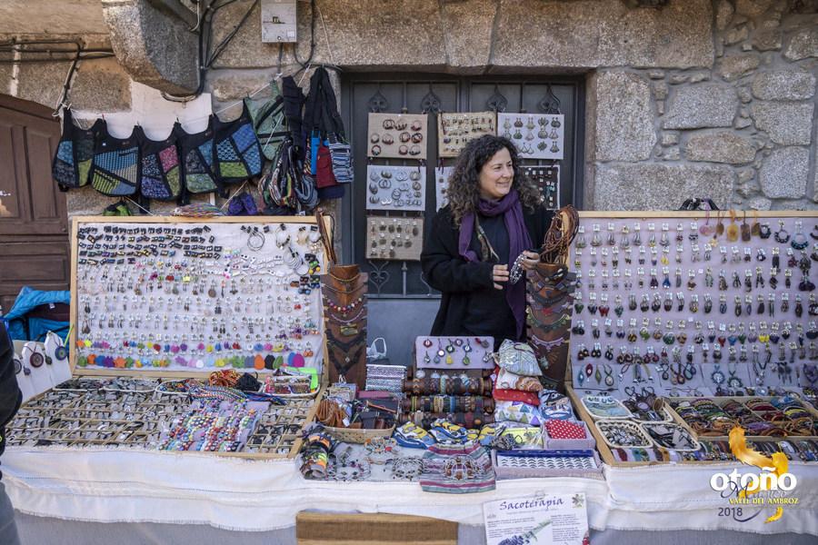 XI FIESTA DE LA TRASHUMANCIA: Mercado de Artesanía